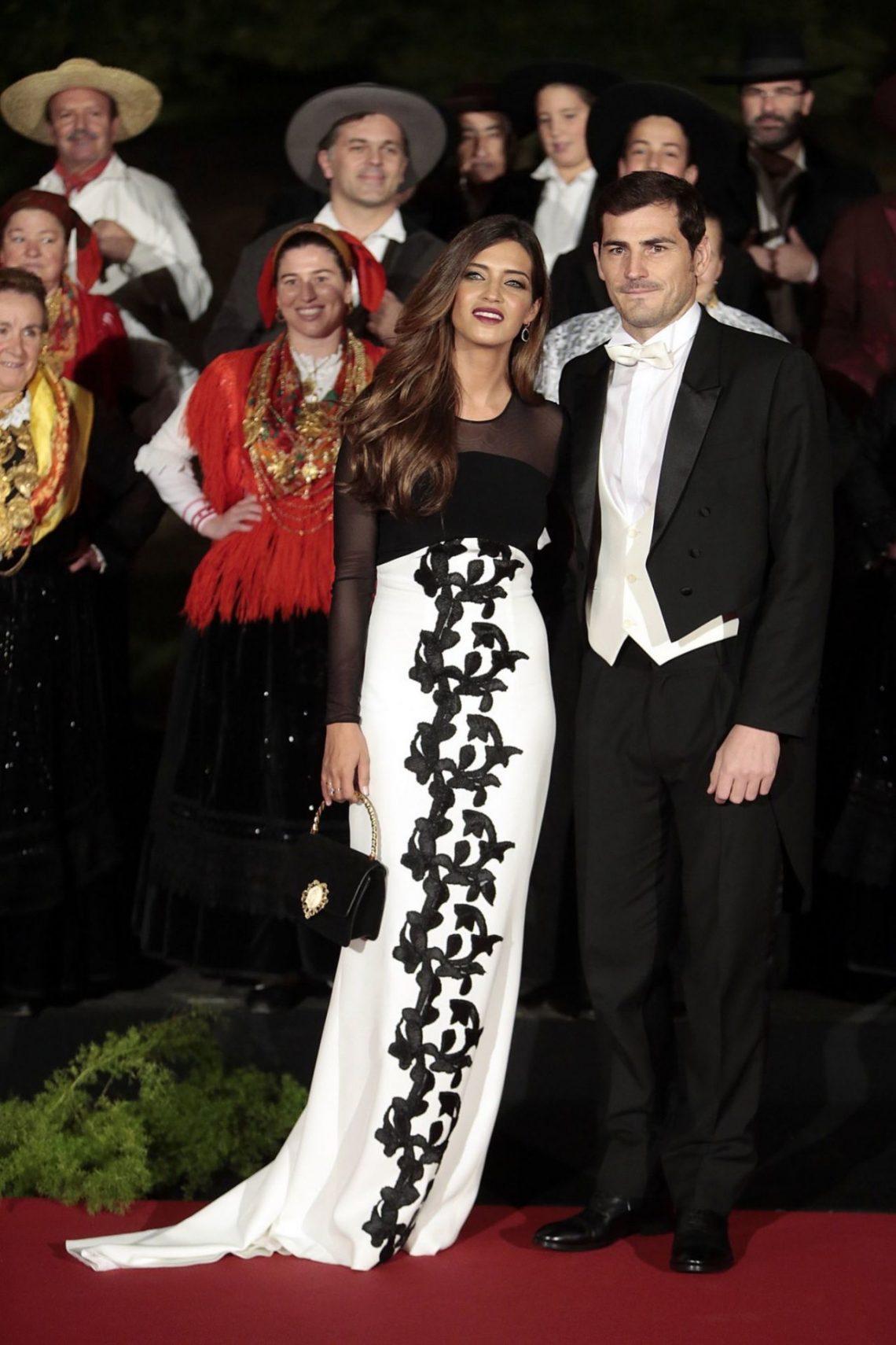Sara Carbonero, derroche de glamour en su encuentro con los Reyes