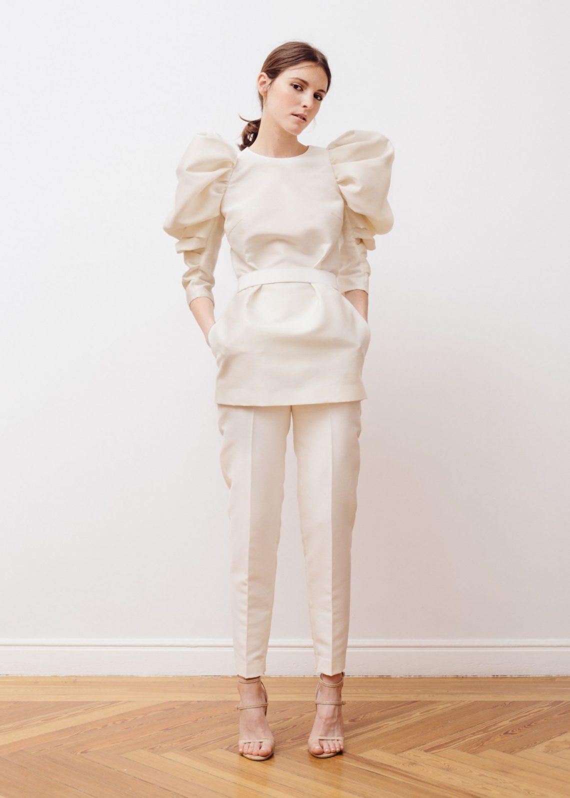 Si te gusta el mundo de la moda y te quieres dedicar profesionalmente a ello… ¡hemos encontrado la mejor manera de hacerlo!