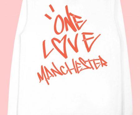 ¿Quieres la sudadera 'One Love Manchester' de Ariana Grande? Te decimos dónde comprarla