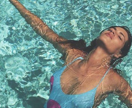 Sara Carbonero revoluciona las redes con un nuevo bañador o la confirmación de 'lo que lleva se agota'