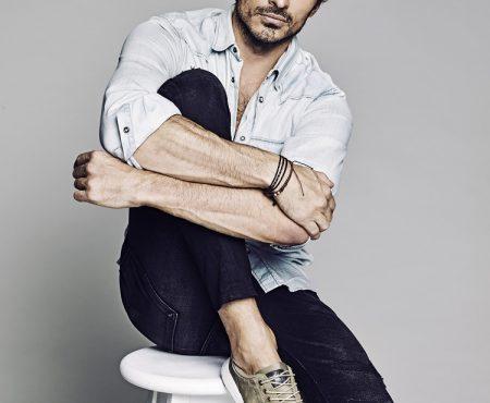 Andrés Velencoso ficha por Netflix para Edha, una serie ambientada en la industria de la moda