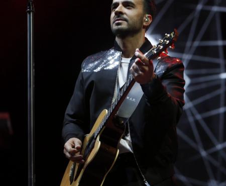 Luis Fonsi presenta 'Calypso' su nuevo single junto a Stefflon Don ¡No vas a poder dejar de bailar!