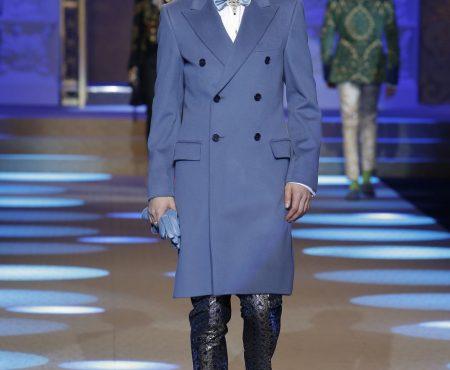 Un invitado inesperado cierra el desfile de Dolce & Gabbana en Milán ¡Levantó a todos de los asientos!