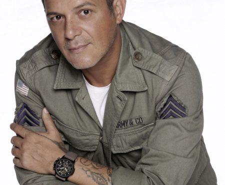 Alejandro Sanz presenta su nueva marca de moda para 'Starlite Shop'
