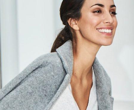 Alessandra de Osma, la mujer con más estilo del momento, embajadora de una marca de calzado español