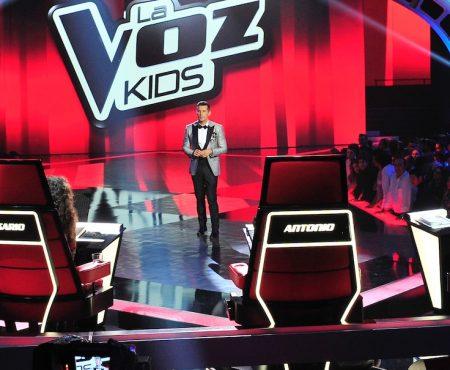 Antonio Orozco cae rendido ante una versión de su tema más emblemático en 'La Voz Kids'