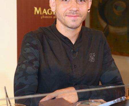 Probamos el helado que Dabiz Muñoz ha creado para Magnum (y hemos entrado en trance) ¿Quieres uno? Te decimos dónde degustarlo