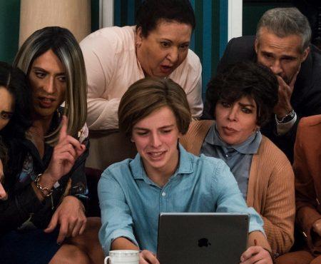 Ya está disponible el trailer de 'La casa de las flores' con la participación de Paco León