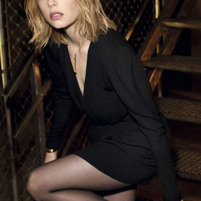 maquillaje edie-campbell-ysl-all-hours