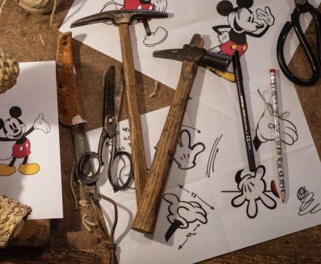 El artesano español que conquistó a Sarah Jessica Parker con sus obras, elegido por Disney para homenajear a Mickey