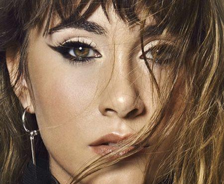 Aitana, la mujer de récord en su primer año en la industria discográfica