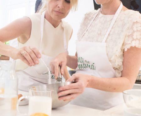 Las madres de Alaska o Pastora Soler entre otras muchas, se darán cita en el nuevo programa de La 1 'Cena con mamá'