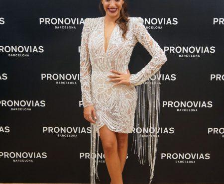 La cantante Ana Guerra elige sus diseños favoritos de Pronovias (y el que lució era espectacular)