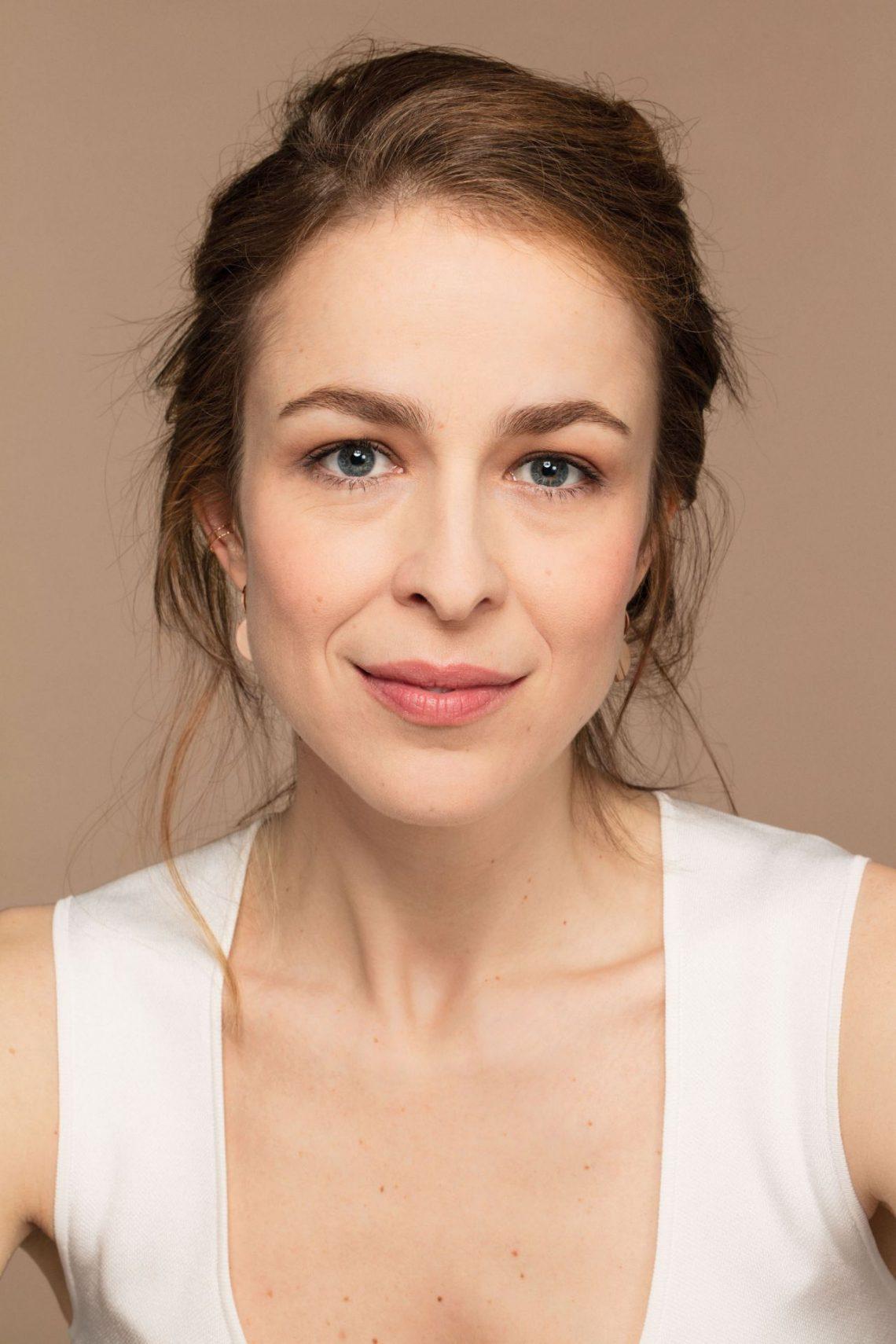 Entrevistamos a Silvia Abascal y nos desvela un curioso tip de belleza que vamos a poner en practica desde YA (deja unos labios espectaculares)