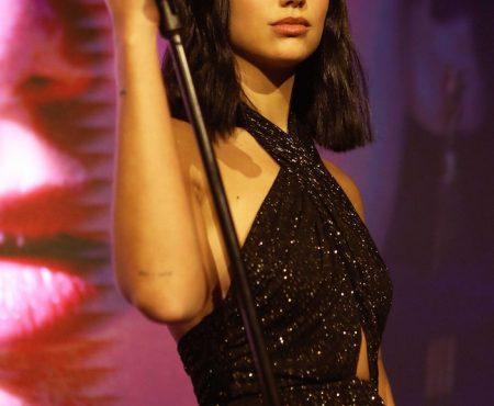 La cantante Dua Lipa protagonista indiscutible de la fiesta de YSL en la capital